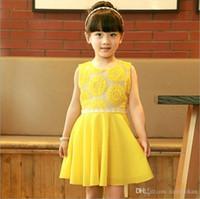 al por mayor vestidos de sol de color amarillo-Vestido sin mangas del verano de las muchachas Vestido de las muchachas de los vestidos de la princesa Dress del cordón del niño de la flor de Sun de la manera