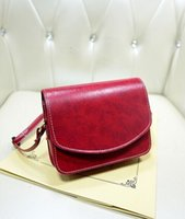 Wholesale 2015 Women Messenger Bags oily leather Semicircle Cover Magnet Hooku Solid Retro One shoulder Stout Bags Ladies Brand New LN