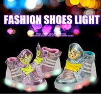 Cheap New Fashion LED Corlorful Light Children Casual Shoes Net Fabric Cutout Canvas Shoes Low Foot Wrapping Boys Girls Sneakers