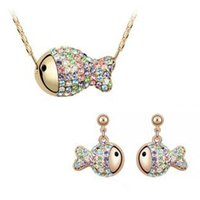 best wedding presents - THE BEST PARTY PRESENT POPULAR IN EUROPE LIKABLE LUCKY FULL RHINESTONE SMALL FISH B08A04