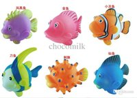 Wholesale Lovely Mini Cartoon SeaWorld Plastic Water Clownfish Model Toys for Children Gift Funny Simulation Toy Fish