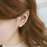 Wholesale Fashion Pearl earrings Ear Cuff Rhinestones Single earrings for Women Ear Cuff pierced ear clip ear hanging earrings jewelry earrings