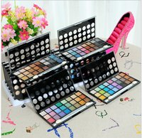 beautiful eye liner - colors of eye shadow palette to compensate for the beautiful eye liner