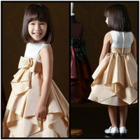 Cheap Crew Handmade Flower Bow Tired Free Shipping Cheap Made In China Flower Girls Dresses Wedding Occasion a2580