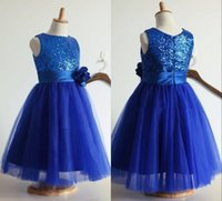 Girl baby tea party - Royal Blue Pretty Flower Girls Dresses Sleeveless Crew Neck Tea length Sequins Tulle Little Baby Kids Formal Wedding Party Gowns Cheap