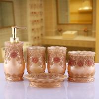 bath soap - 5pcs Lace Created Wedding Favors Bathroom Accessories Wash Kit Bath Favors Resin Wedding Gift Bath Accessory Set Bath Soap Favors