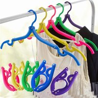 Wholesale New Arrivals Portable Travel Clothes Hanger Foldable Drying Cloth Hook Plastic Space Saving Folding Size cm JH38