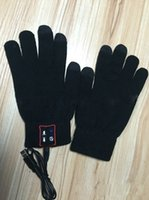 Wholesale Calling Talking Gloves Hand Gesture Touch Screen earphone with Speaker Microphone Bluetooth for iPhone