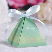 Wholesale 3 Colors Wedding Supplies Favor Holders Gifts For Guests Square Paper Gift Candy Favours Favor Boxes