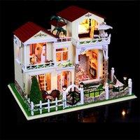 Precio de Amante de bricolaje de madera montar-Comercio al por mayor de gran tamaño DIY villa de Casa de muñecas de madera del siglo miniatura Verde reunió 3D miniatura Dollhouse Juguetes Regalos amante