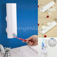 Wholesale Healthy Handfree Automatic Toothpaste Dispenser Push Brush Squeezer Bathroom Wall Mount with Double Suction Vacuum Cups