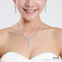 Wholesale Luxury Plated Alloy Metal Rhinestone and Crystal Jewellery Sparkly In Stock Brides Necklace Earrings Sets Jewelry for Prom Party