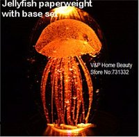Wholesale Jellyfish paperweight with base set Glassware Crystal ball Novelty households Home Decorative items christmas gift