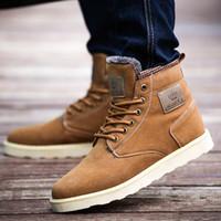 al por mayor ankle man boots-Hombre cálido botas de cuero de gamuza Martin botas del tobillo para los hombres del estilo de Inglaterra Hombre botas de nieve espesa felpa Hombres Botas de invierno al por menor