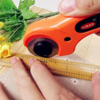 Wholesale 45mm Rotary Cutter Distinctive Quilters Sewing Quilting Fabric Cutting Crafts