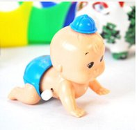 Wholesale New Arrival Creeping Toys For Baby Girls Boys Cute Chain Doll With Hat Shake Head Wriggling Ass Toy Kids Birthday Gift Plastic
