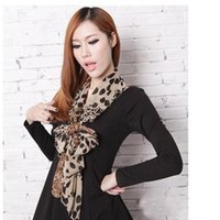 Wholesale Hot Selling colors Leopard Patchword lady scarf warm scarf Fashion lady pashmina Soft chiffon scarf Beach shawl Girl Wraps