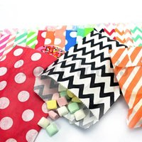 Wholesale Chevron Paper Favor Candy Bags - Baby Shower Wedding favor Paper Gift Bags Polka Dots Chevron Striped Party Treat Craft Popcorn Bags Bitty food safe flower Candy Cake Bags