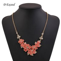 pendant flower rhinestone - D Exceed Elegant Rhinestone Choker Necklaces for Women Fashion Party Jewelry Flower Pendant Gold Plated Statement Necklaces Pendant NL159122