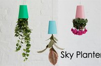 Wholesale hot sale Sky Planter Hanging Upside Down Plant Flower Pot Garden Home Office Decor