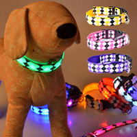 Wholesale LED Nylon Pet Dog Collar Night Safety LED Light up Flashing Glow In The Dark Electric LED Pets Cat Dog Luminous Collar Color