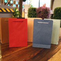 Wholesale Full shipping ordinary solid sticks paper gift bags gift bags bags variety of optional
