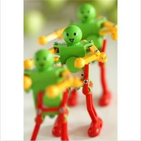 Wholesale Newest Children Spring Yellow Green Red Wind Up Dancing Robot Kids Clockwork Toy Gift