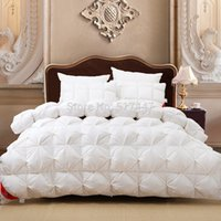 Wholesale Luxury goose down white plaid king queen or or comforter double size bed winter blanket nobel quilt set