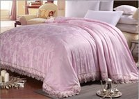 achat en gros de reine main taille couette-En gros-2016 Nouveau Quilted en soie de dentelle à la main Adultes SpringSummerAutumn Modal Pink Luxe Qulits / couvertures Couvre-lit King Size Queen