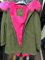 Live picture show capuche avec fourrure de raton laveur, doublé de fourrure de lapin, M. Mme Furs Pink fourrure veste en vert
