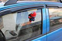 Nuevo Hombre Araña Auto Parte Encantadora de los Accesorios del Coche Decoración Negro Rojo Tazas de la Succión de la Muñeca de envío gratis