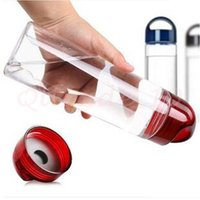 Wholesale 100pcs CCA2902 High Quality Solid Fruit Infuser Water Bottle Fruit Infusion Sports Bottle Flip Top Lid Made of Durable Eastman Tritan Cup