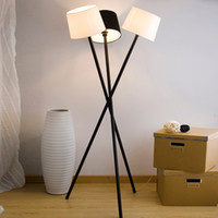 Wholesale Simple Fashion Lights Study Room Floor Lamps Nordic Creative Living Room Floor Lights Modern Tripod Floor Lamp Light
