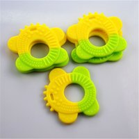 Wholesale Baby Teeth Chewing Training Supplies Cute Animal Shape Teether Molar Teethbrush Safety Pratising Retail