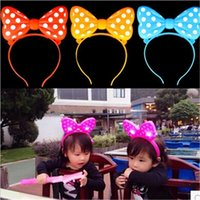 Wholesale New Minnie Mouse Ears Bow Headband LED LIGHT UP FLASHING BOW HEADBANDS PARTY FAVORS Polka Dot LED Flashing Ears Christmas gift