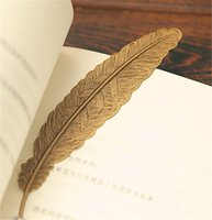 Wholesale Hot Sale Exquisite Retro Feather Bookmark metal accessories Office School Supplies Bookmarks