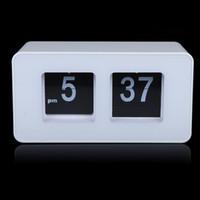 Wholesale Digital Retro Auto Flip Clock Classic Stylish Modern Desk Wall Clock White Black H9444