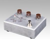 Wholesale New Klon Centaur Aluminum color Replica Overdrive Booster Stomp box Pedal BRAND NEW CONDITION