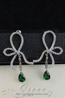 Cheap white crystal rare shpae green diamond lady's earrings (5*2cm) (gghhjjghj)