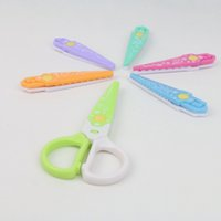 Wholesale Plastic Kids Safe Card Scrapbook Edge Shaper Paper Craft Scissors with Interchangeable Blades Assorted Color