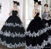 Ball Gown best romantic - Best Selling Romantic Sexy Sweetheart Tiers Tulle Bridal Gowns Lace Black And White Puffy Plus Size Vintage Wedding Dresses DL1312655