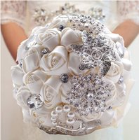 Wholesale 2015 Hot Sale Wedding Bridal Bouquets with Handmade Flowers Peals Crystal Rhinestone Rose Wedding Supplies Bride Holding Brooch Bouquet