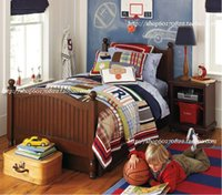 Wholesale sports applique handmade stitch quilting by spring and autumn summber quilt set quilt and pillow case