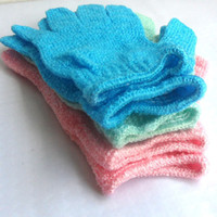 Wholesale Urban Spa Exfoliating Gloves For Shower Bath Exfoliating and Cleansing Colors May Vary