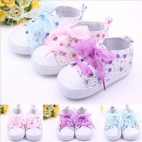 Wholesale Infant Toddler Kids Girl Floral Soft Soled Crib Lace Up Shoes Walking Sneaker