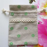 linen bags - Lace Linen Bags Green Daisy Printed Have size cmx12cm cmx17 cm cmx20cm Earring Necklace Ring Bracelet Jewelry Gift Pouches