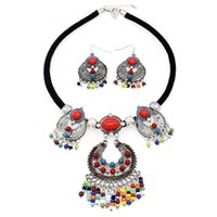 beaded tassles - Women Fashion Jewelry Sets Beaded Tassles Vintage Alloy Pendant National Style Statement Chokers Necklaces And Earrings CE3580