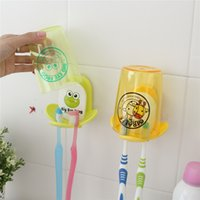 Wholesale 1pcs Couple Toothbrush Holder Cartoon Cute Plastic Toothbrush Rack Suction Cup Toothpaste Oranizer Bathroom Set