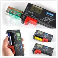 Wholesale Battery power Tester BT D Digital Battery Tester Checker AA AAA V b7 Battery tester Digital Detect Displays
