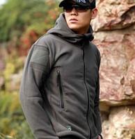 Wholesale American models fall TAD shark skin soft shell Outdoor Fleece men warm hoodie cold Jackets